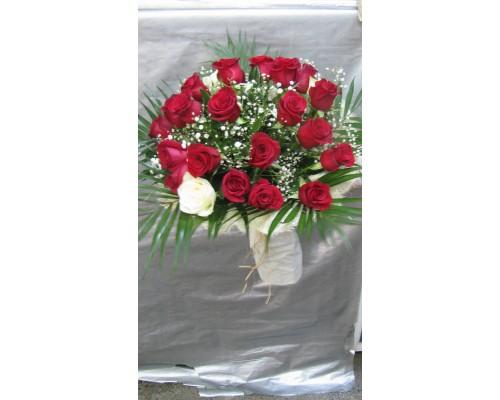Букет 25 бр. червени рози